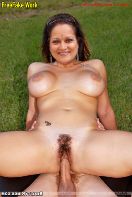 Himani-Shivpuri-Nude-Bollywood-Actress-Sex-505.md.jpg