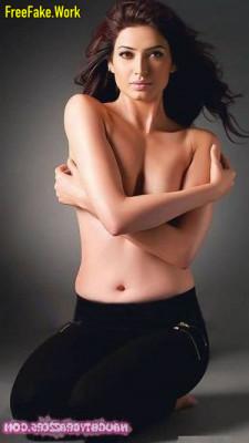 Karishma-Tanna-Nude-Indian-actress-Sex-4887.md.jpg