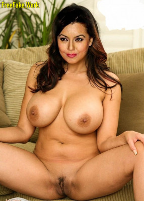 Mahima-Chaudhary-Nude-Bollywood-Actress-Sex-1013.md.jpg