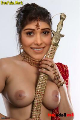 Nushrat-Bharucha-Nude-Indian-Bollywood-Actress-Sex-043.md.jpg