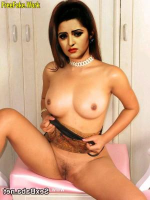 Pori-Moni-Nude-Bangladeshi-Actress-Sex-2940.md.jpg