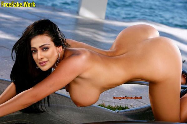 Raai-Laxmi-Nude-Tamil-Actress-Sex-3188.md.jpg