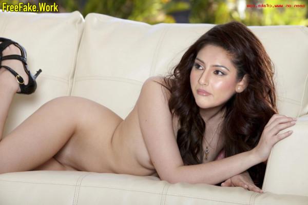 Ragini-Dwivedi-Nude-Kannada-Actress-Sex-471.md.jpg