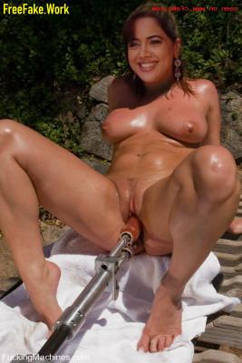 Sameera-Reddy-Nude-Indian-Actress-Sex-026.md.jpg