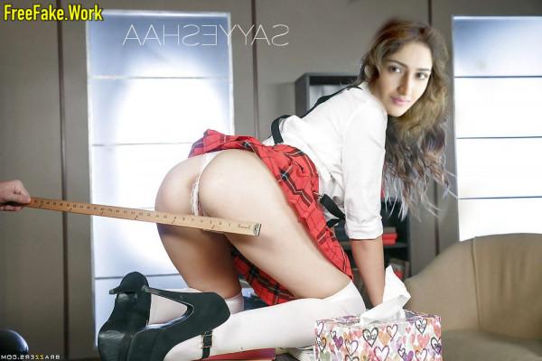 Sayesha-Saigal-Nude-South-Indian-Actress-Sex-3224.md.jpg