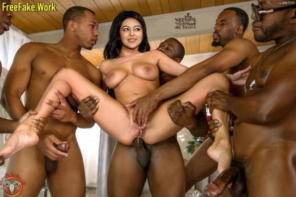 Shafaq-Naaz-Nude-Indian-TV-Actress-Sex-870.md.jpg