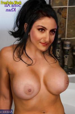 Soha-Ali-Khan-Nude-Indian-Film-Actress-Sex-1381.md.jpg