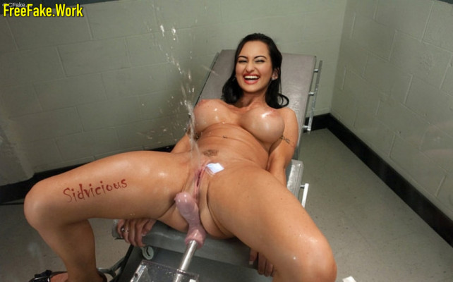 Sonakshi-Sinha-Nude-Indian-film-actress-Sex-32.md.jpg