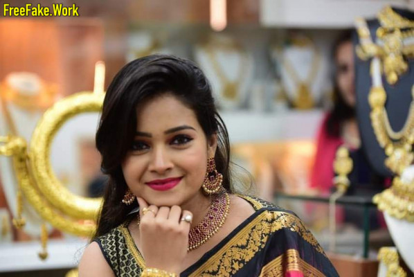 Marathi actress sexy editing Inssia com IMG_20200601_232131_659.md.jpg