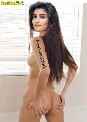 Naked-Reshma-Reya-pose-spreading-her-ass-for-tv-serial-photo-shoot-xxx-HQ-image.md.jpg