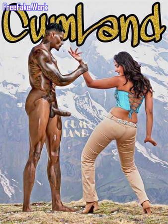 Bollywood-half-nude-actress-20.jpg