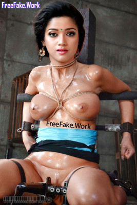 Naked-singer-Abhirami-Suresh-full-nude-device-bondage-torture-photo.md.jpg