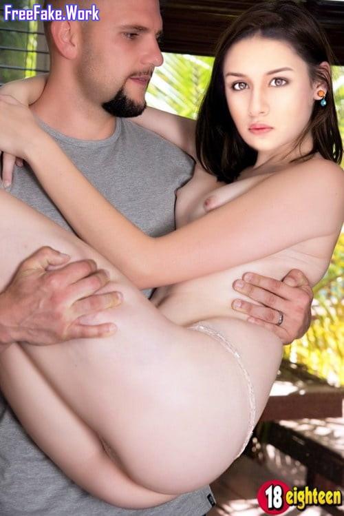 Naked-pics-of-Avneet-Kaur-Nude-Fakes-Hot-8.jpg