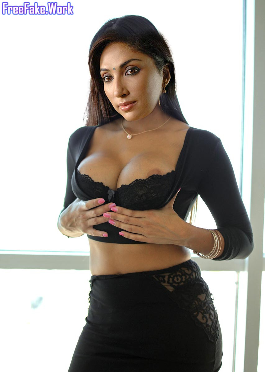 Mouli-Ganguly-pressing-her-black-bra-nipple-slip-photo.jpg