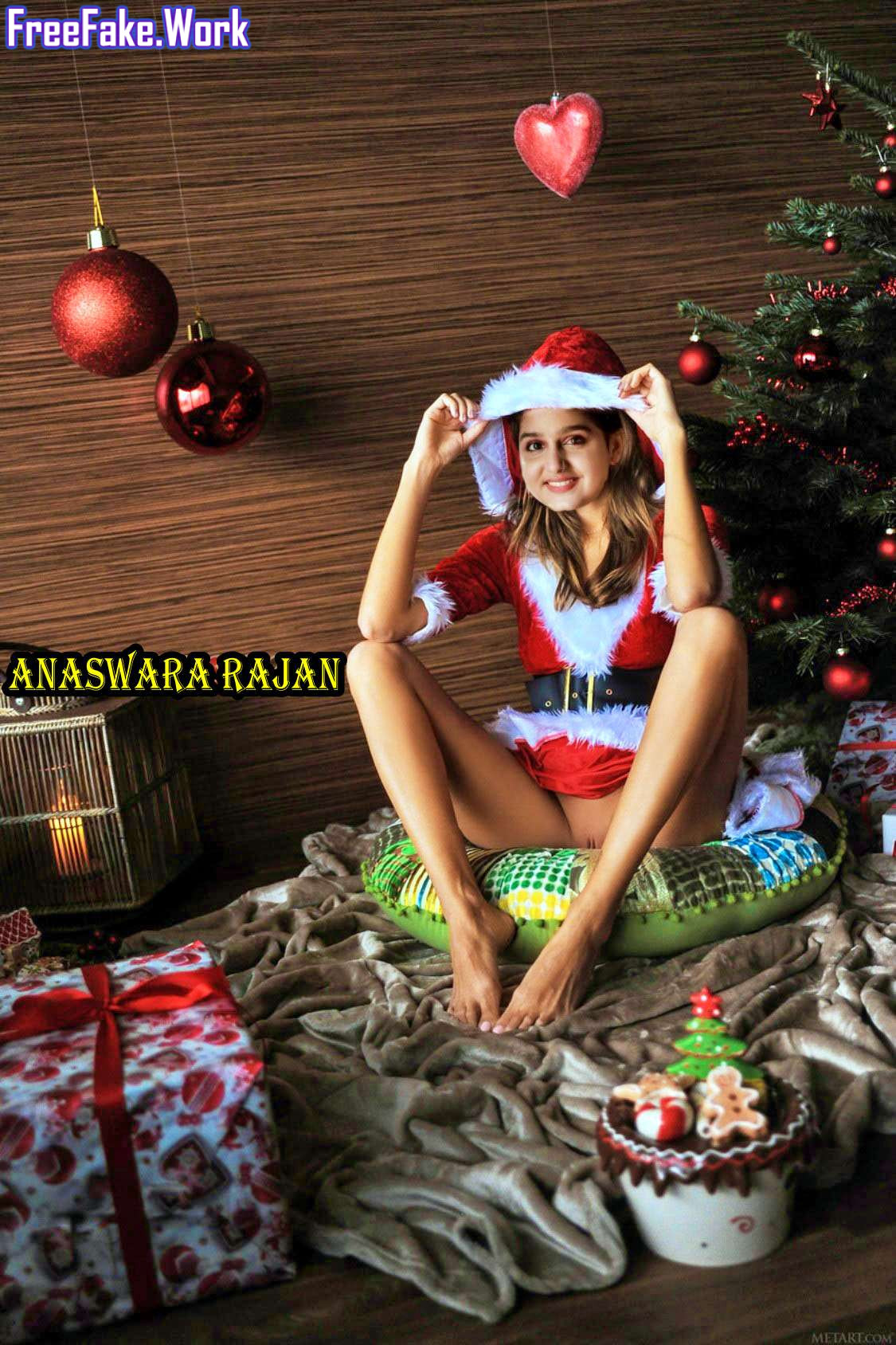 Anaswara-Rajan-sexy-leg-pen-shaved-pussy-Christmas-special.jpg