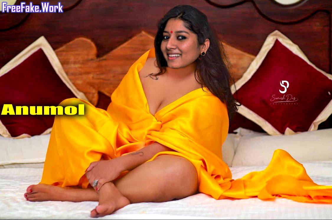 Anumol-sexy-saree-without-blouse.jpg