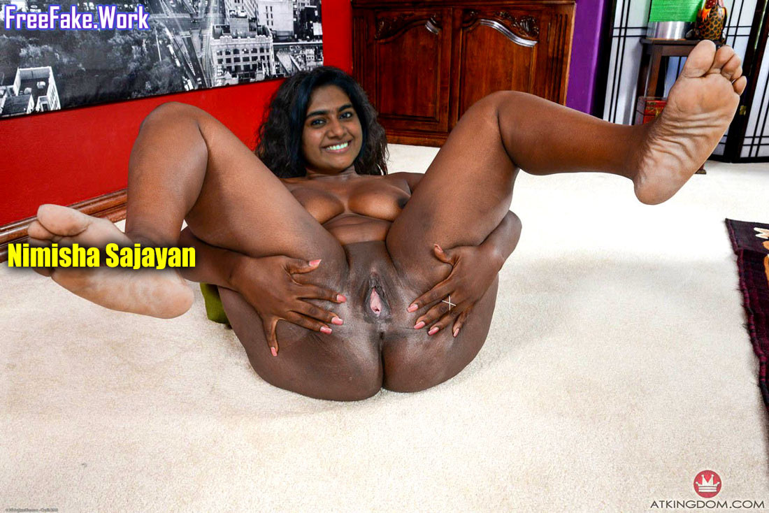 Nimisha-Sajayan-spreading-her-black-pussy-nude-big-round-ass.jpg