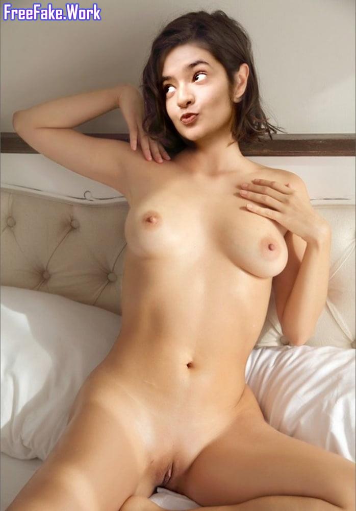 Naked-Anushka-Sen-Sex-Actor-4.jpg