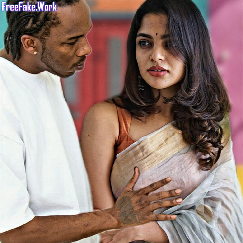 Nikhila-Vimal-boobs-pressing-photo-in-hot-saree-sleeveless-blouse.jpg