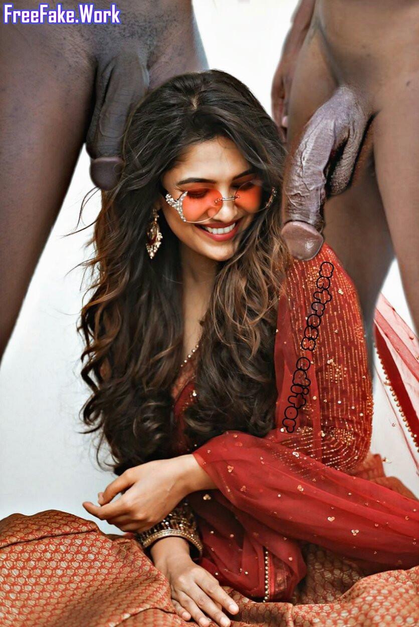 Vani-bhojan-double-cock-blowjob-hot-saree-Beautiful-HD-photos.jpg