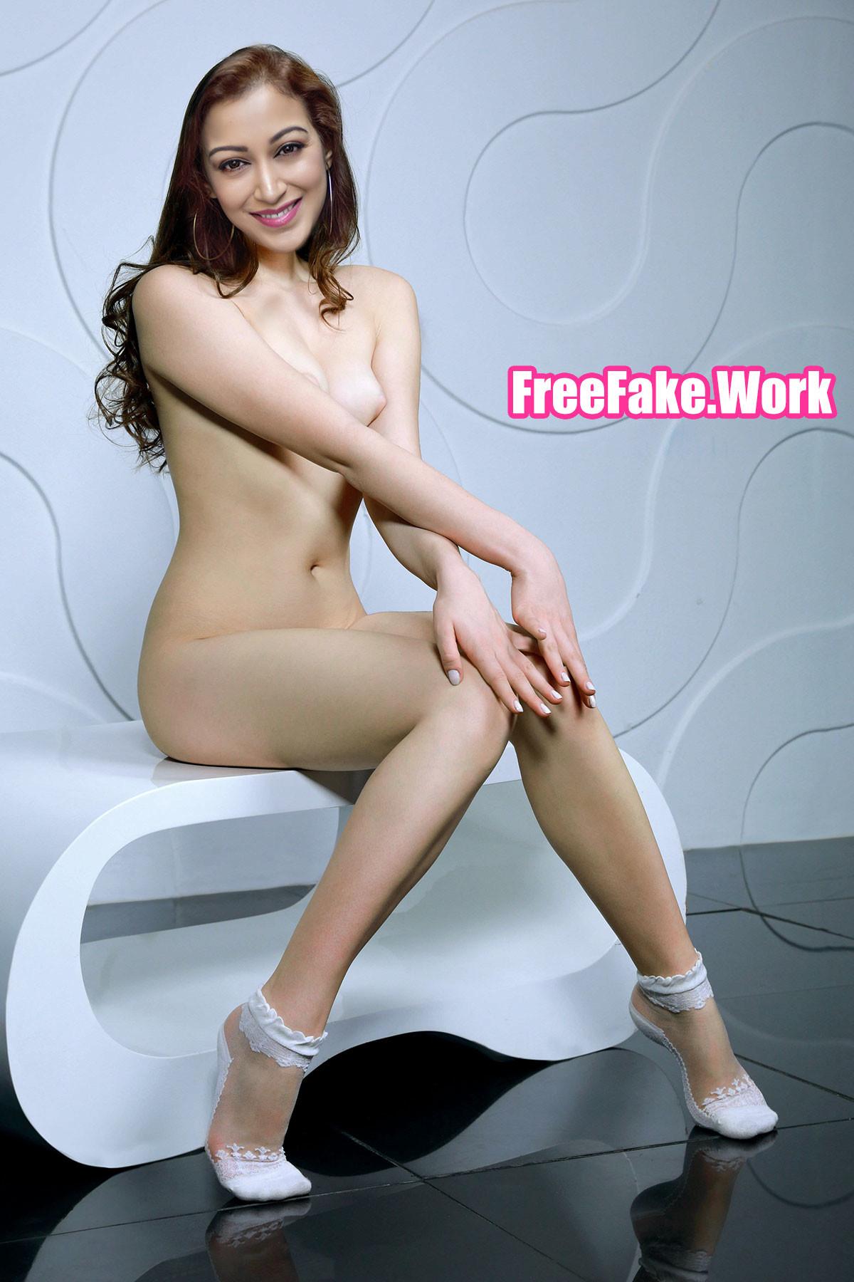 Full-Nude-Sunayana-Fozdar-naked-slim-body.jpg