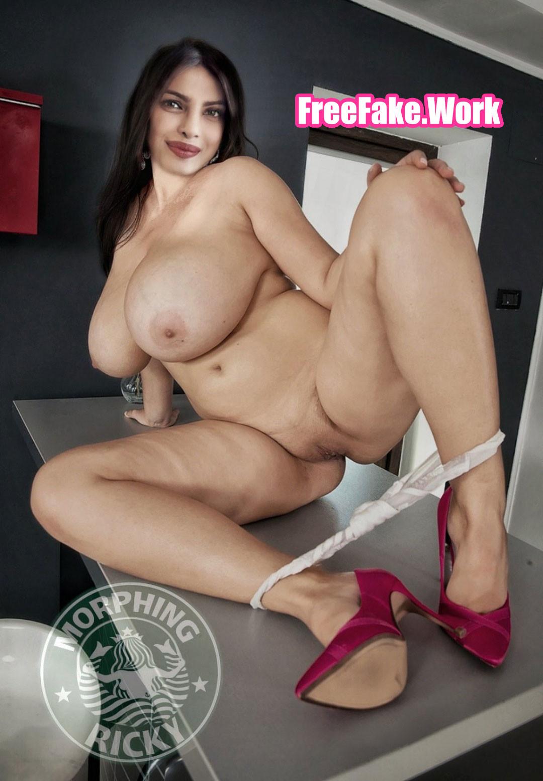 Priyanka-Chopra-nude-boobs-actress.jpg