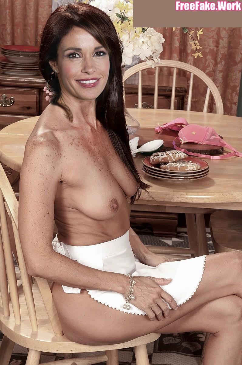 Cristina-Parodi-Nude-Fake0007.jpg