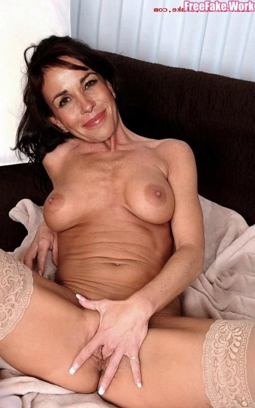 Cristina-Parodi-Nude-Fake0013.jpg