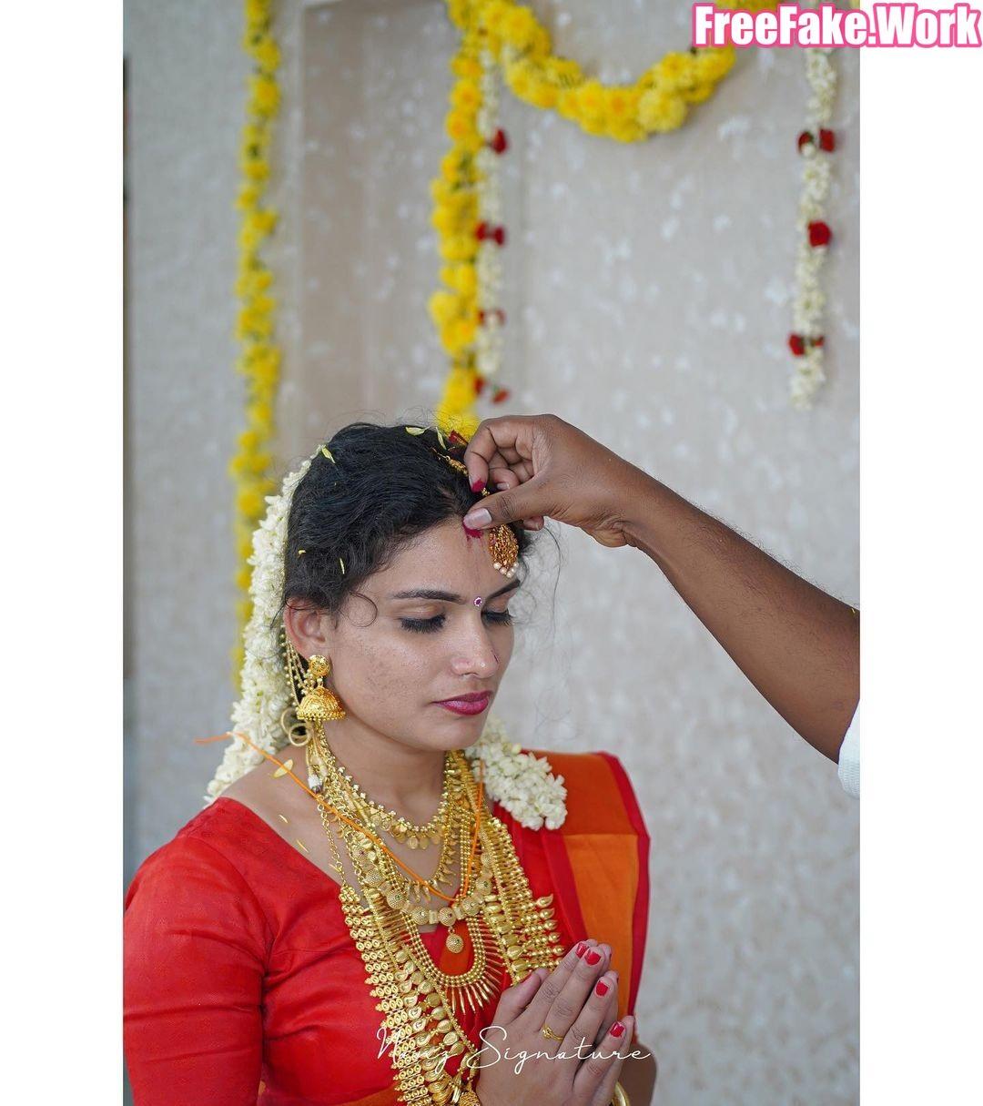 Resmi-R-Nair-marriage-photoshoot-01.jpg