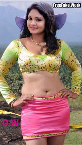 Gayathri-Arun-nude-navel-image.jpg